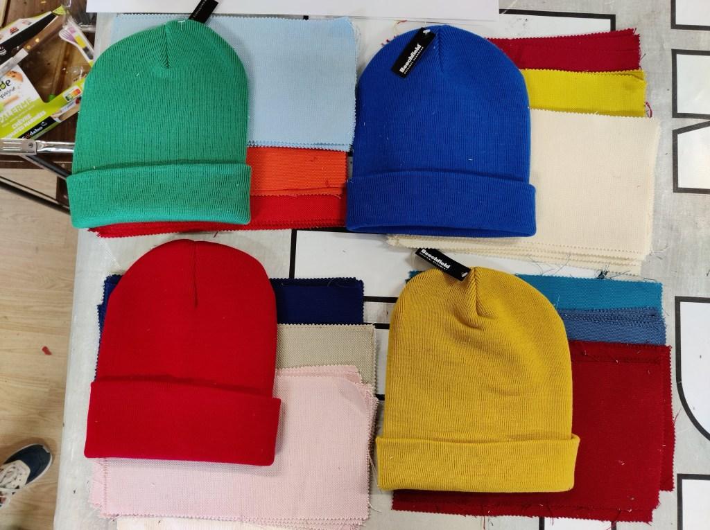 Choix des gammes de couleurs pour les différents bonnets